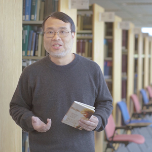 """HKUST, Director of IPO and Biomedical Engineering, Prof King Chow recommended a book named """" Away from Her """"by Alice Munro."""